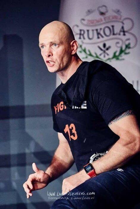 Sporty walki droga przez życie muay thai trener personalny katowice i sosnowiec